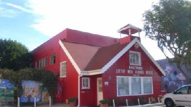 Hollywood Little Red Schl Hse