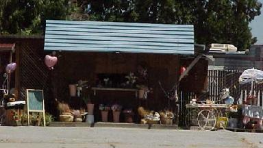 Edna's Cubbyhole Of Flowers - Homestead Business Directory
