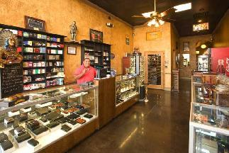 Elite Cigars & Accessories