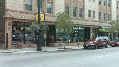 Hyde park chicago il business listings directory for 57th street salon hyde park