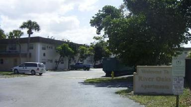 River Oaks Apartments - Homestead Business Directory