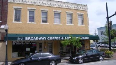 Broadway Cafe & Art Gallery - Kissimmee, FL
