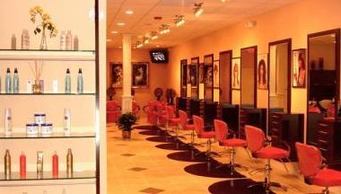 Yvelisse salon in charlotte nc 28210 citysearch for 8 the salon charlotte nc