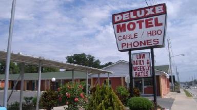 Deluxe Motel - Homestead Business Directory