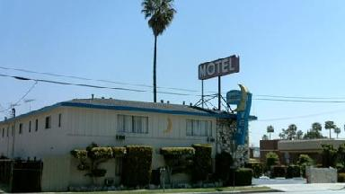 Half Moon Motel - Homestead Business Directory