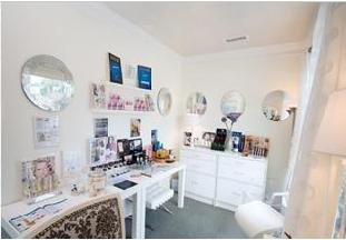 Glow Beauty and Bronzing Boutique