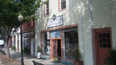 Labaire Pottery-a Gallery-fine - Homestead Business Directory