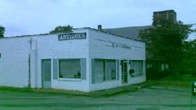 Bettie's Antiques - Homestead Business Directory