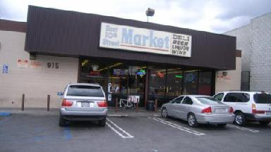 East 10th Street Market - Homestead Business Directory