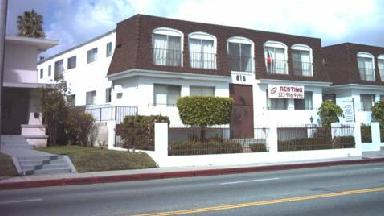 Crenshaw Wilshire Apartments