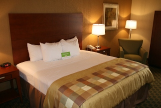 La Quinta Inn & Suites Cleveland Airport West - North Olmsted, OH