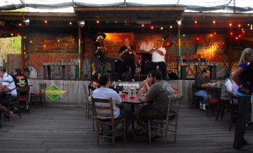 Cafe On The Bayou Pinellas Park Fl