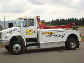 Leaf's Towing & Recovery - Braham, MN