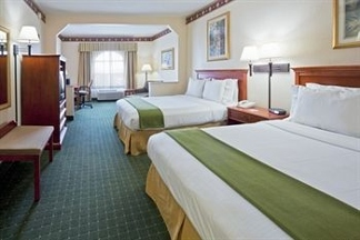Holiday Inn Express & Suites ORLANDO INTERNATIONAL AIRPORT - Leesburg, FL