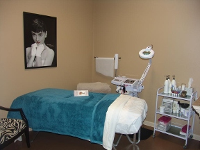 Stripped Waxing Boutique And Spa - Magnolia, TX