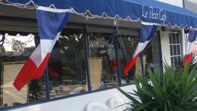 Le Petit Cafe - Homestead Business Directory