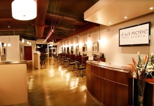 A' La Mode Hair Studio