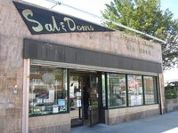 Sal &amp; Dom&#039;s Pastry Shop