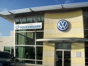 Larry H Miller Volkswagen Lakewood - Denver, CO