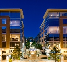 Crescent Falls Church Luxury Apartments
