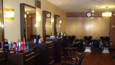 Clydon Full Service Salon