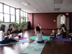 ZEN & YOGA Forest Hills,Queens,NY We offer Yoga,Hot yoga, Pilates,Hot pilates, Acupuncture,Meditation, Prviate session, Healing,Chakra Healing & meditation workshops.