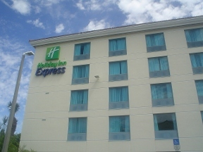 Holiday Inn Express FT. LAUDERDALE CRUISE-AIRPORT - Fort Lauderdale, FL