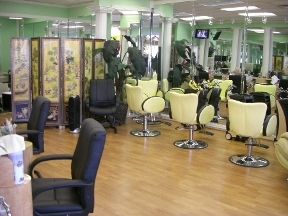 Manolo International Beauty Salon