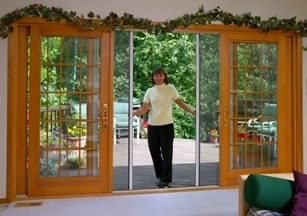 NW Retractable Screens &amp; Shade