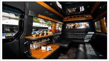 Executive Landjet Limousine