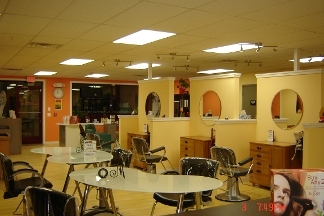Creative Designs Hair Studio - Norristown, PA