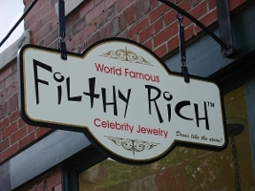 Filthy Rich Of Boston