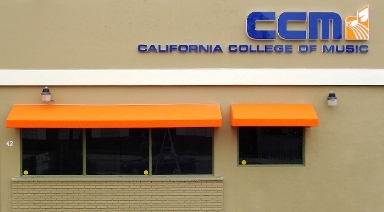 music colleges in california A complete list of music schools & music colleges in california also featuring music universities in california.