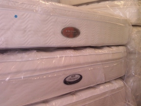 Half Price Mattress - Hollywood, FL