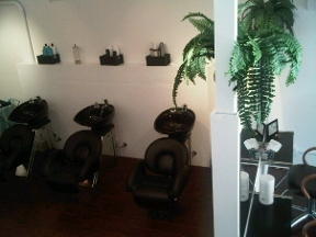 Salon 180 Beauty Lounge -