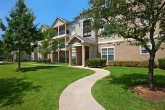 Mandolin Apartments - 1 Reviews - 2525 Highway 360, Euless, TX ...