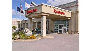 Ramada Inn &amp; Suites Portland Airport
