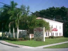Mission Bay Self Storage - Boca Raton, FL