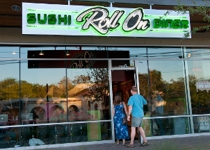 Roll On Sushi Diner - Austin, TX