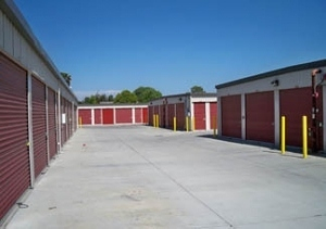 Storage Pro Self Storage-Lathrop
