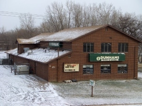 Dunham&#039;s Food &amp; Drink