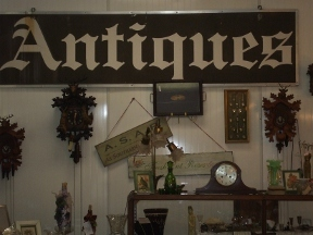 Melekim Antiques