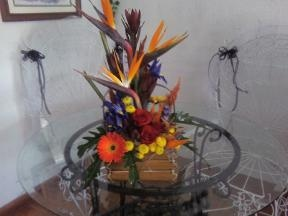 Di's Creations Flowers & Gifts