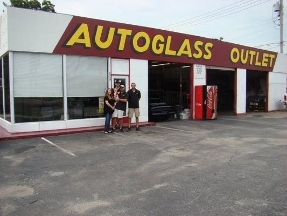 Auto Glass Repair Tulsa on Autoglass Outlet In Tulsa  Ok   Reviews  Photos  And Directions
