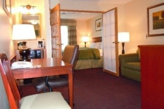 Country Inn & Suites Marion - Marion, OH