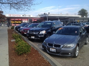 Autocredit Custom Finance Dept. at Toyota Walnut Creek - Walnut Creek, CA