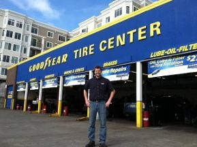 Elliott Tire & Service Center - Seattle, WA