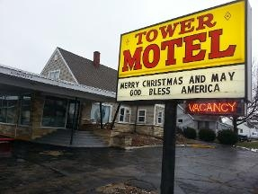 Tower Motel - Dickeyville, WI