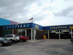 Fleet Tire Truck & Auto Center / Goodyear