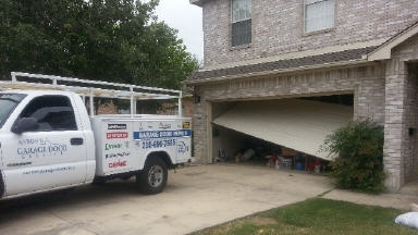 Aaron&#039;s Garage Door Service